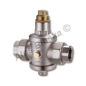 Redukční ventil se šroubením vnitřní závit - regulátor tlaku (redukčák na vodu)
